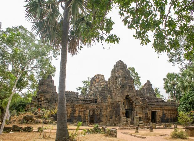 Tonle Bati & Phnom Chiso Full Day Tour from Phnom Penh